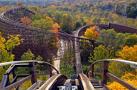 Longest Roller Coaster in the World - The Beast - Amusement Parks USA.com