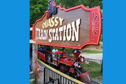 Quassy Express Train